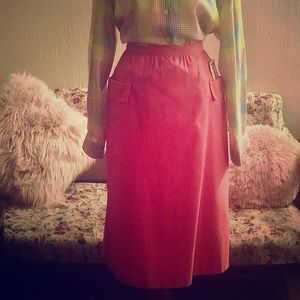 Vintage 70's deadstock pink skirt with pockets